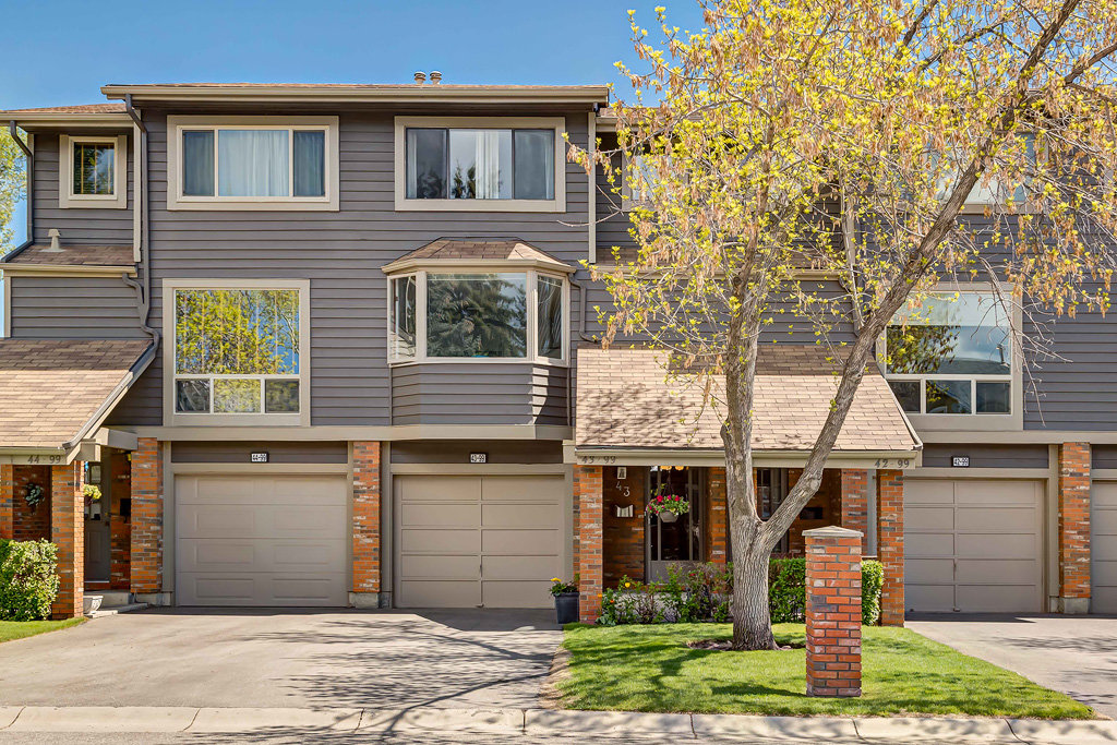 Townhouses for Sale in Calgary
